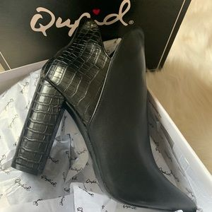 Two textured bootie